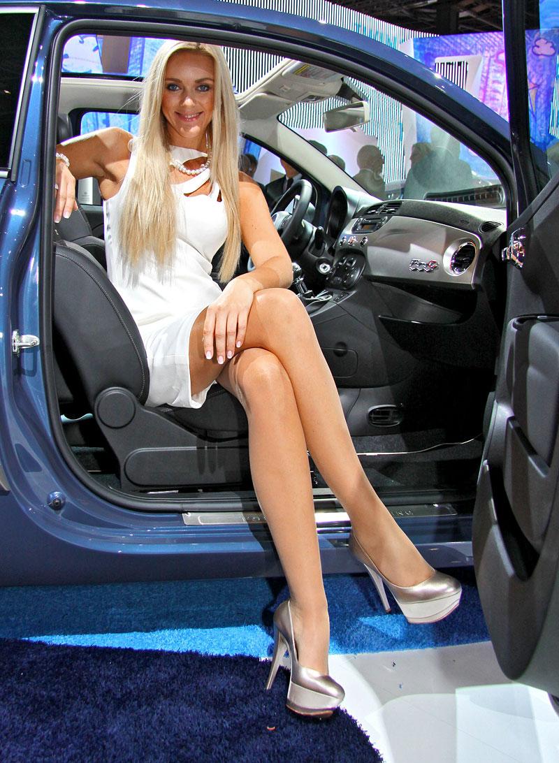 Paříž 2010: Nejhezčí modelky: - fotka 3