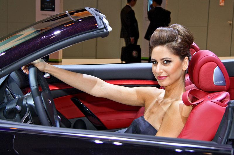Paříž 2010: Nejhezčí modelky: - fotka 16
