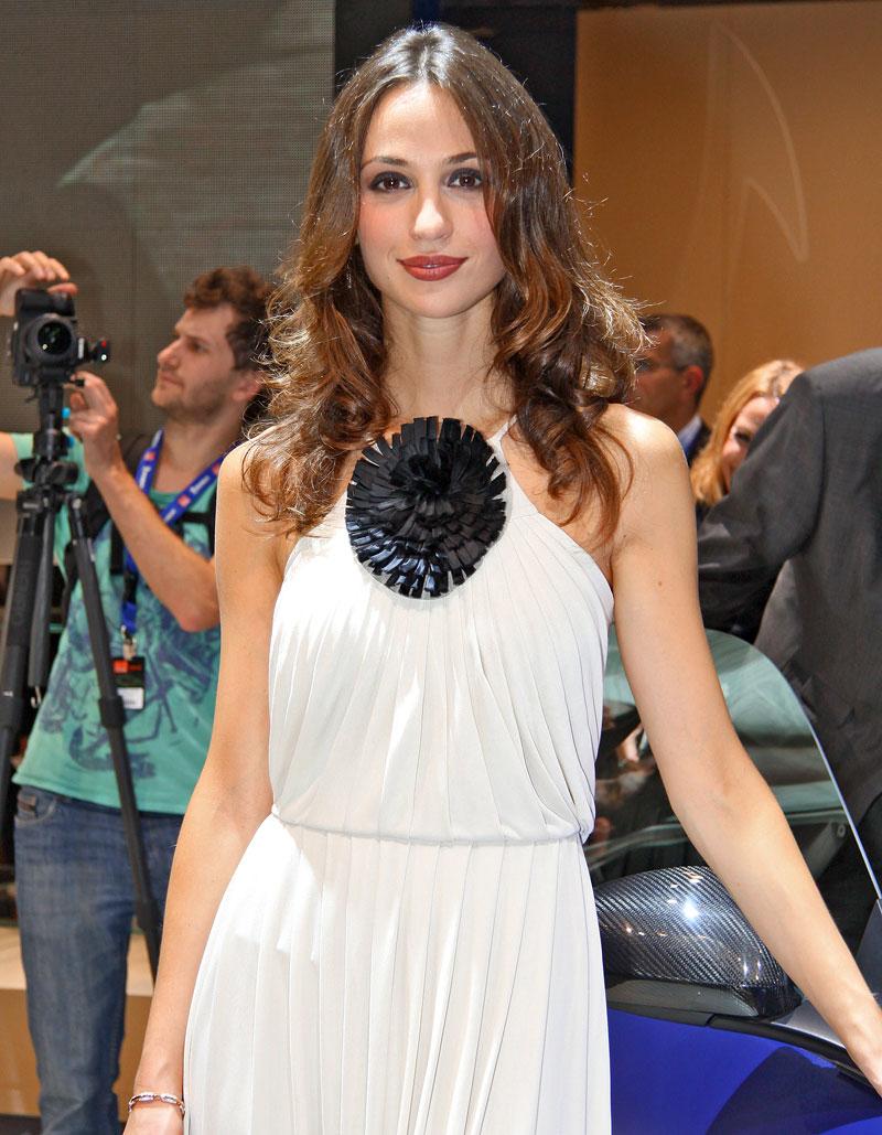 Paříž 2010: Nejhezčí modelky: - fotka 30