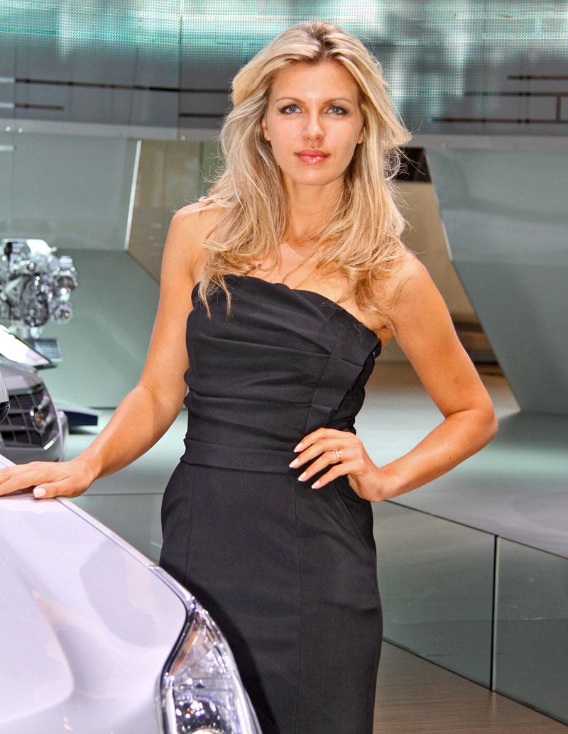 Paříž 2010: Nejhezčí modelky: - fotka 41