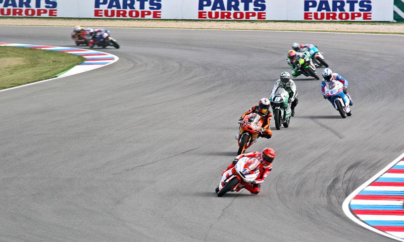 MotoGP Brno - velká fotogalerie: - fotka 13