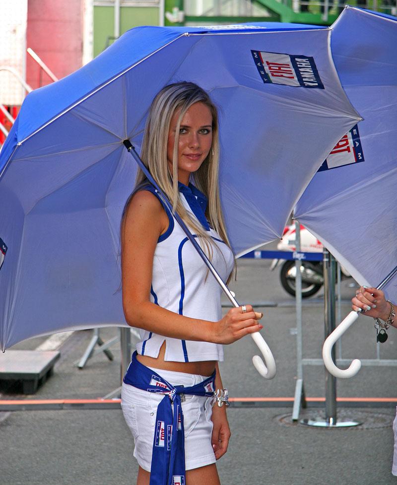 MotoGP Brno - velká fotogalerie: - fotka 32