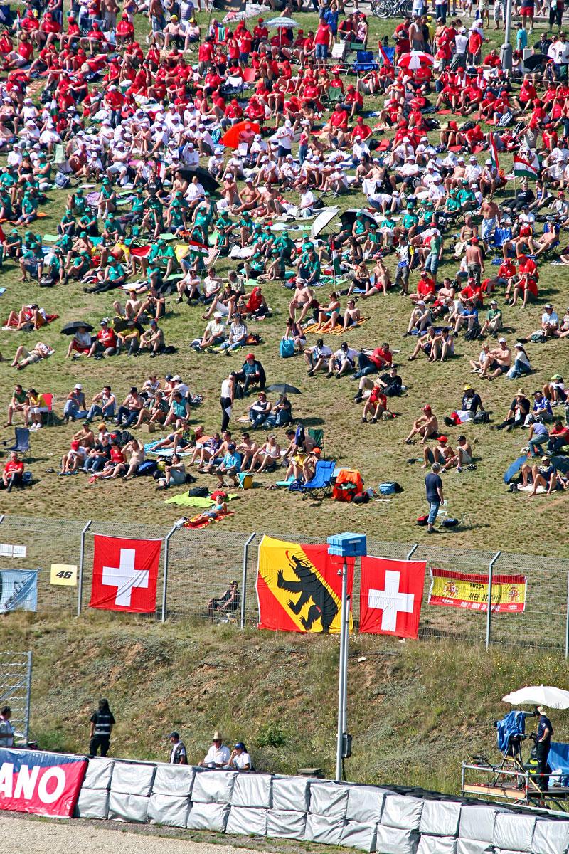 MotoGP Brno - velká fotogalerie: - fotka 37