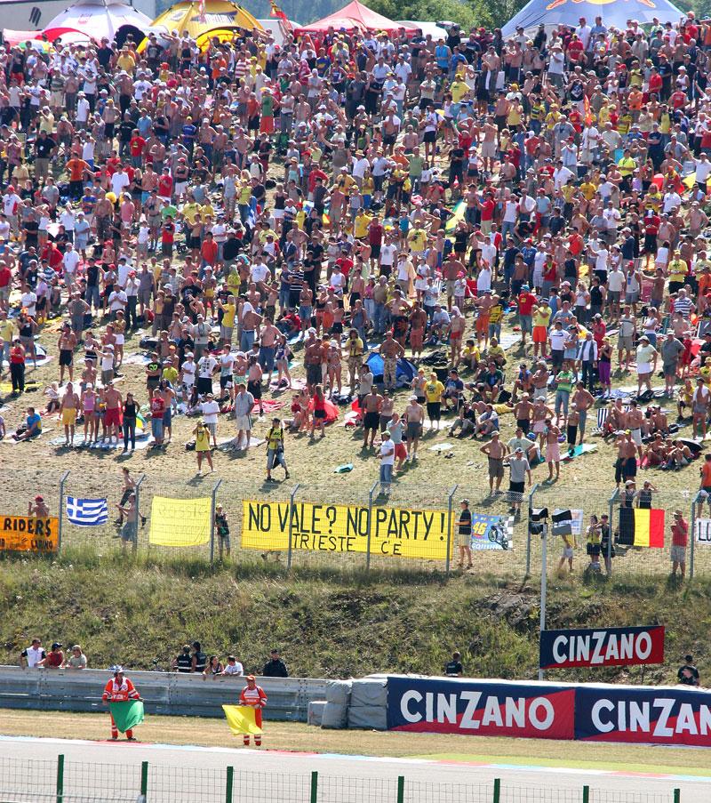 MotoGP Brno - velká fotogalerie: - fotka 83