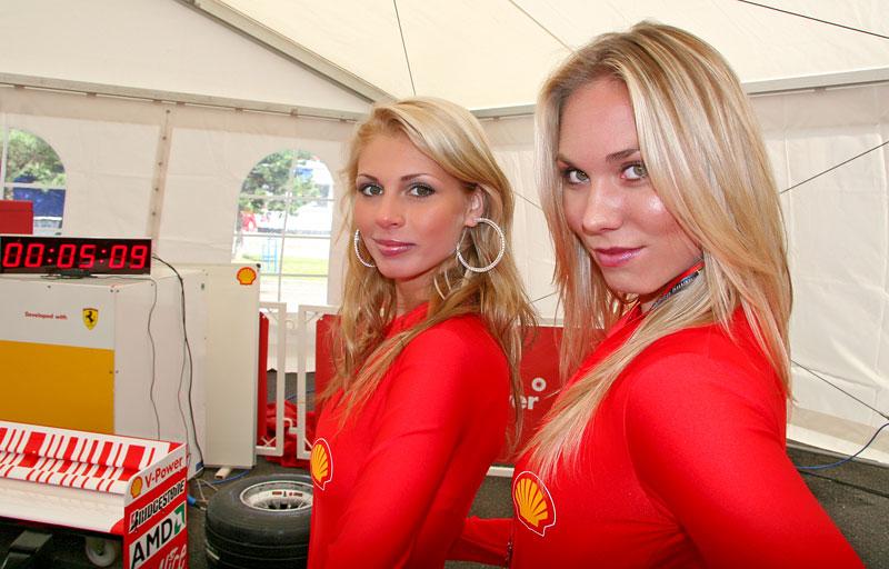 Ferrari Racing Days Brno 2009 - BABES: - fotka 42