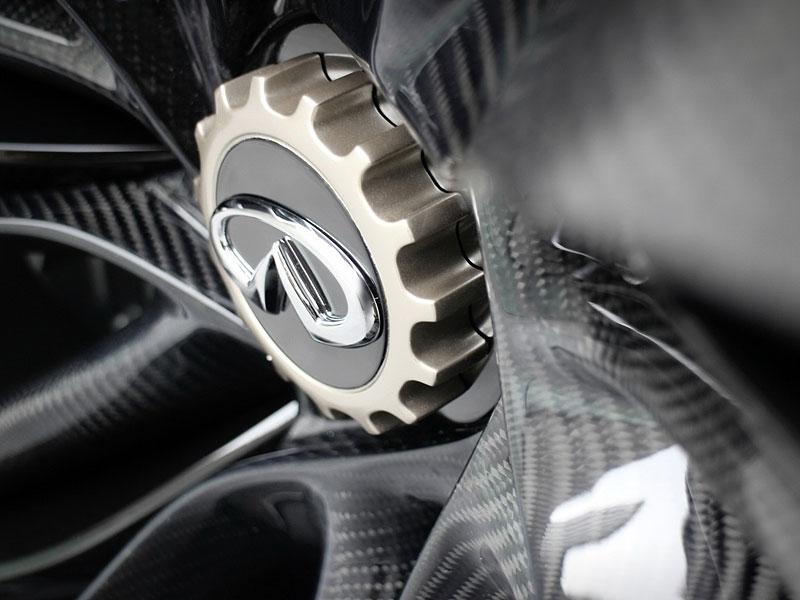 Infiniti Vision Gran Turismo Concept: Bumerang s vizí budoucnosti: - fotka 21