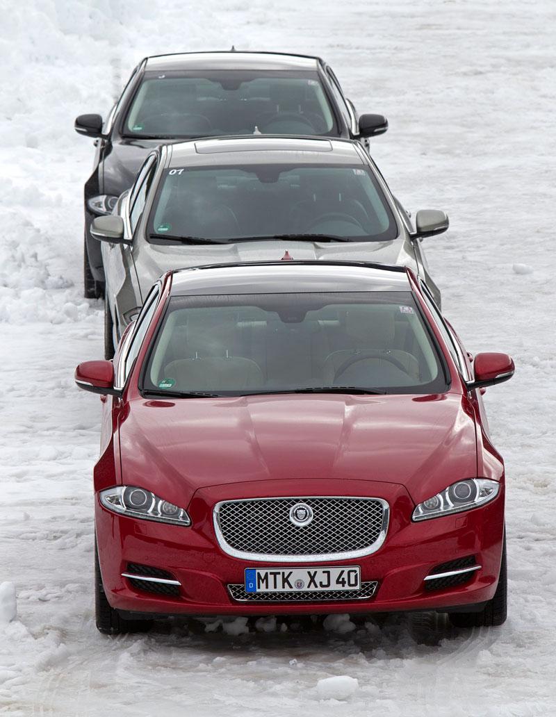 Za volantem: Jaguar XJ a XF AWD aneb Šelmy na ledě: - fotka 1