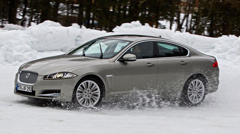 Za volantem: Jaguar XJ a XF AWD aneb Šelmy na ledě: - fotka 10
