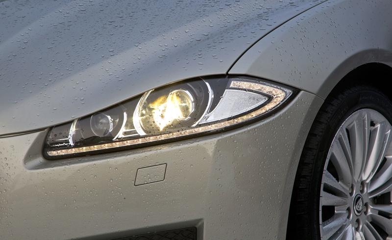 Za volantem: Jaguar XJ a XF AWD aneb Šelmy na ledě: - fotka 26