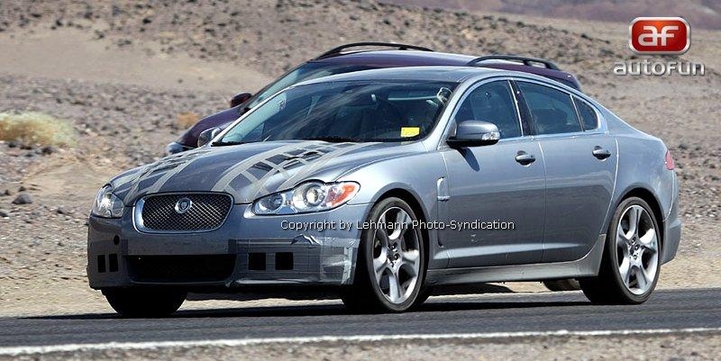 Spy Photos: Jaguar XF-R: - fotka 1