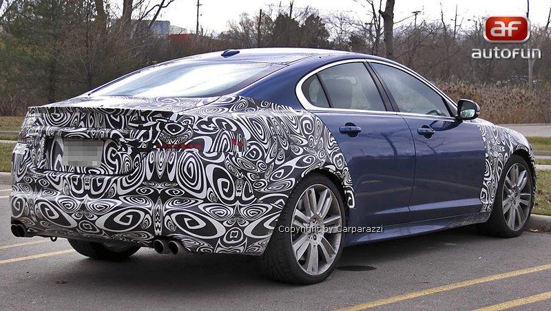 Spy Photos: Jaguar XFR facelift: - fotka 5