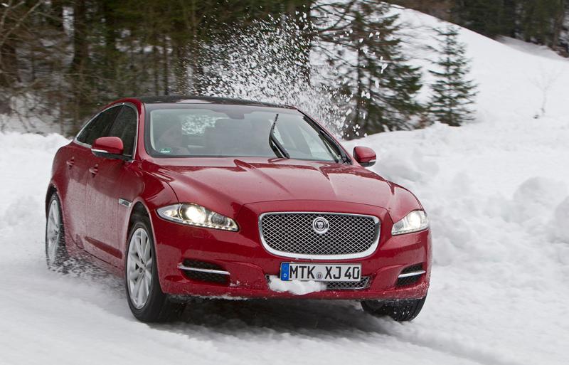 Za volantem: Jaguar XJ a XF AWD aneb Šelmy na ledě: - fotka 31