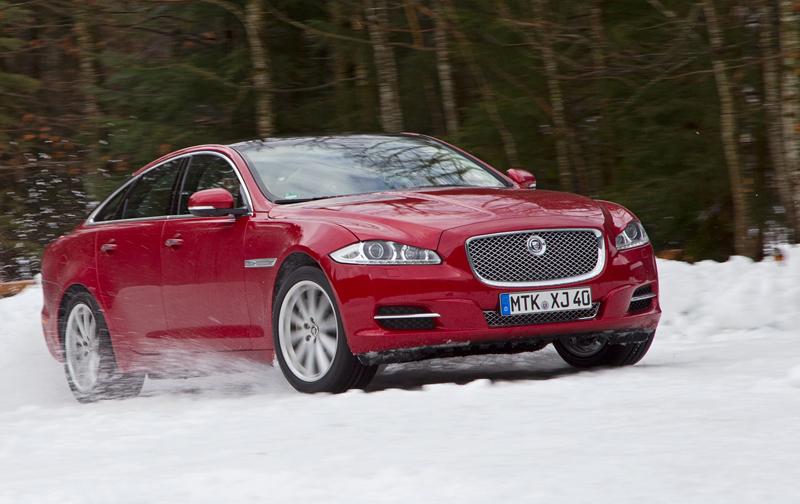 Za volantem: Jaguar XJ a XF AWD aneb Šelmy na ledě: - fotka 34