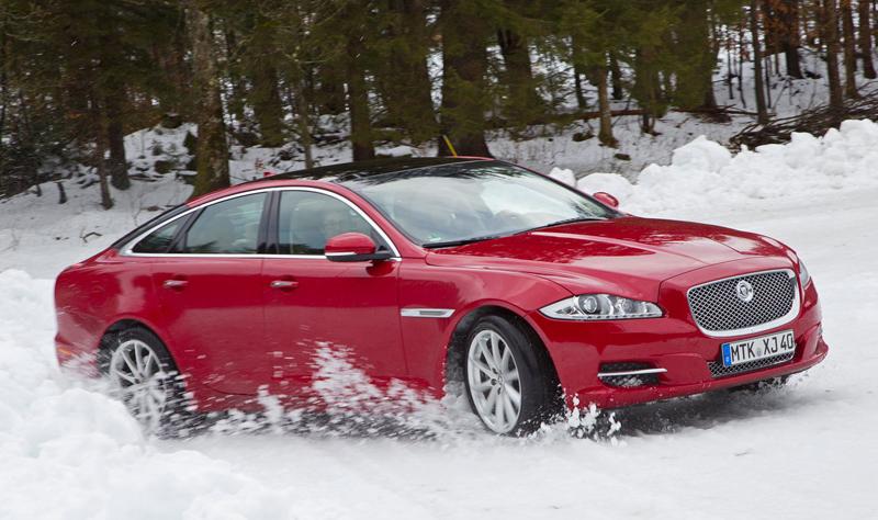 Za volantem: Jaguar XJ a XF AWD aneb Šelmy na ledě: - fotka 35