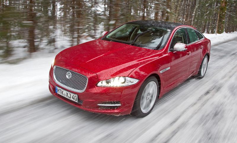 Za volantem: Jaguar XJ a XF AWD aneb Šelmy na ledě: - fotka 41