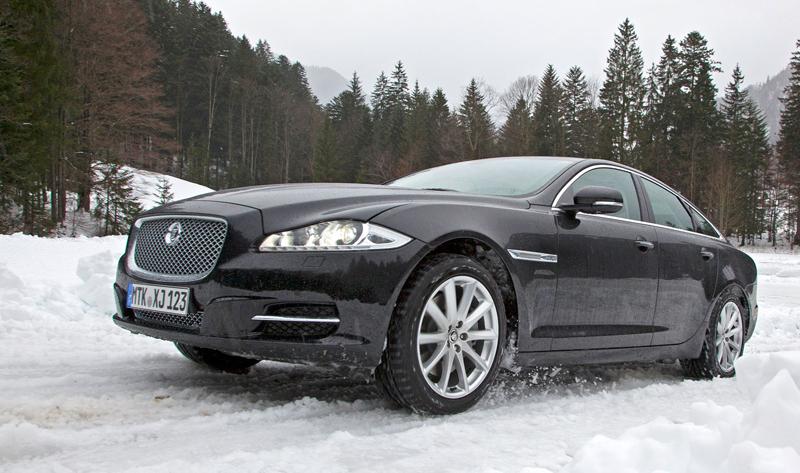 Za volantem: Jaguar XJ a XF AWD aneb Šelmy na ledě: - fotka 45