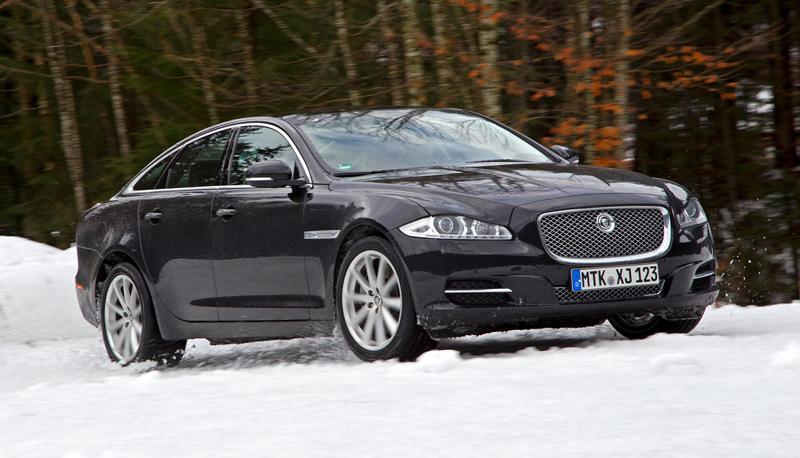 Za volantem: Jaguar XJ a XF AWD aneb Šelmy na ledě: - fotka 46