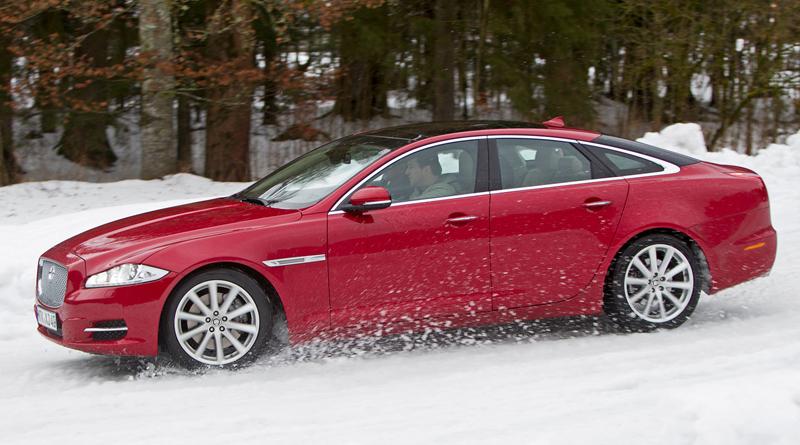 Za volantem: Jaguar XJ a XF AWD aneb Šelmy na ledě: - fotka 53