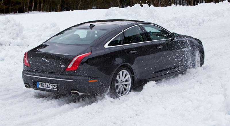 Za volantem: Jaguar XJ a XF AWD aneb Šelmy na ledě: - fotka 55