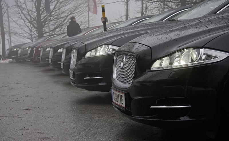 Za volantem: Jaguar XJ a XF AWD aneb Šelmy na ledě: - fotka 59