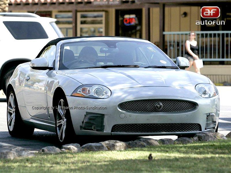 Spy Photos: Jaguar XK téměř bez maskování: - fotka 3