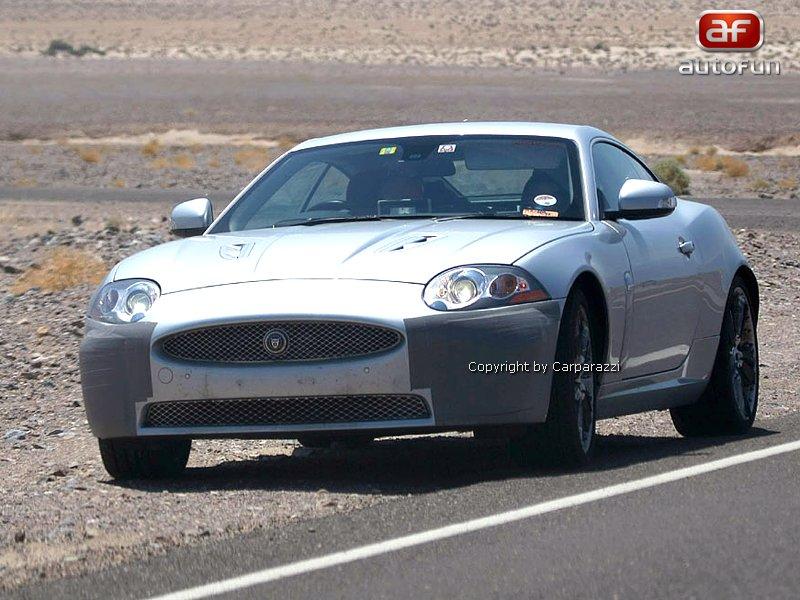 Spy Photos: Jaguar XK téměř bez maskování: - fotka 4