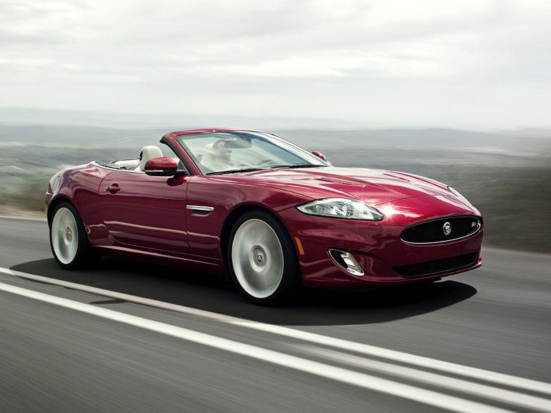 Jaguar XK: facelift ve stylu XKR-S: - fotka 4