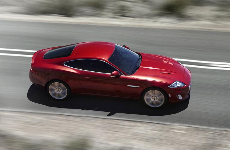 Jaguar XK: facelift ve stylu XKR-S: - fotka 10