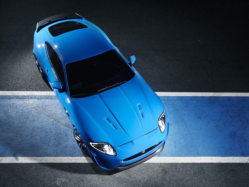 Jaguar XK: facelift ve stylu XKR-S: - fotka 17