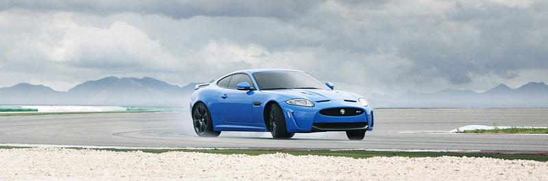 Jaguar XK: facelift ve stylu XKR-S: - fotka 21