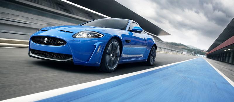 Jaguar XK: facelift ve stylu XKR-S: - fotka 22