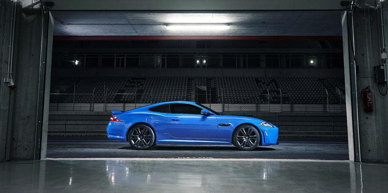 Jaguar XK: facelift ve stylu XKR-S: - fotka 24