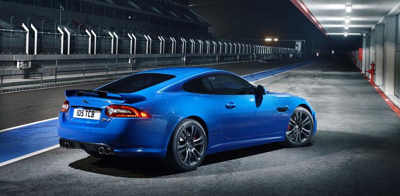 Jaguar XK: facelift ve stylu XKR-S: - fotka 25