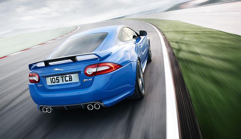 Jaguar XK: facelift ve stylu XKR-S: - fotka 29