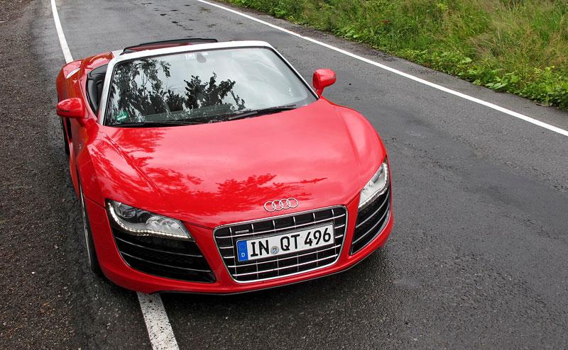 Za volantem: Audi R8 Spyder V10 5.2 quattro: - fotka 7