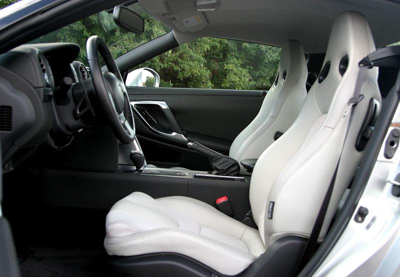 První Nissan GT-R v České republice!: - fotka 3