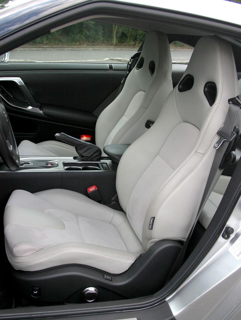 První Nissan GT-R v České republice!: - fotka 13