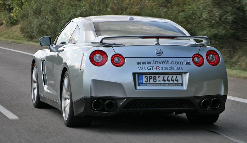 První Nissan GT-R v České republice!: - fotka 30
