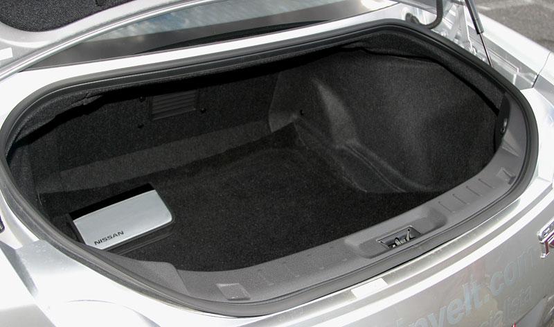 První Nissan GT-R v České republice!: - fotka 32