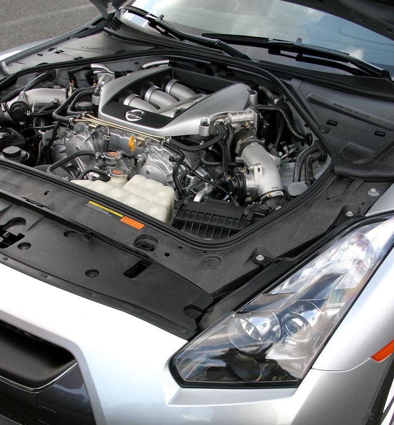 První Nissan GT-R v České republice!: - fotka 34