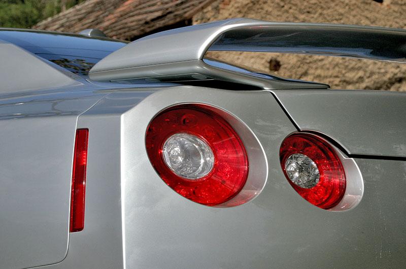 První Nissan GT-R v České republice!: - fotka 37