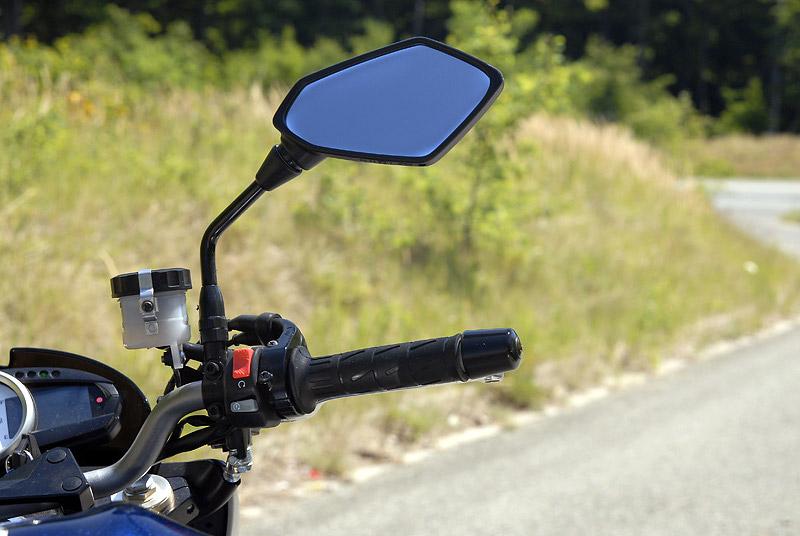 Test - Kawasaki Z1000: klidný svalovec: - fotka 3