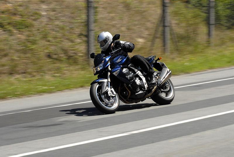 Test - Kawasaki Z1000: klidný svalovec: - fotka 14