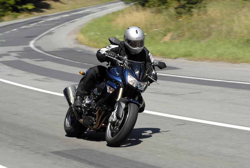 Test - Kawasaki Z1000: klidný svalovec: - fotka 16