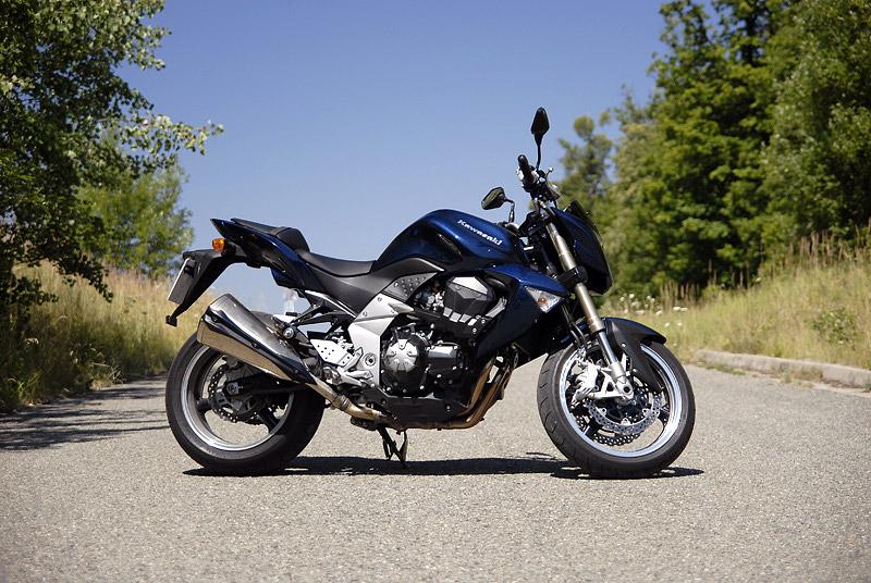 Test - Kawasaki Z1000: klidný svalovec: - fotka 17