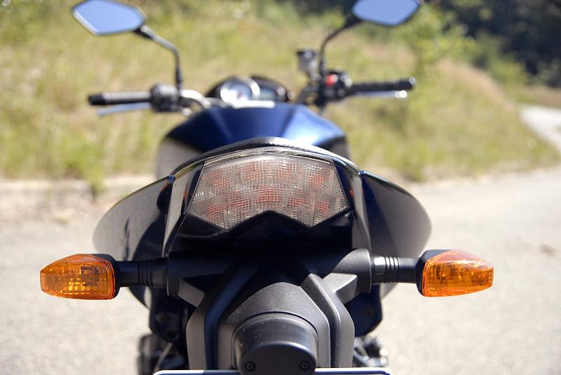 Test - Kawasaki Z1000: klidný svalovec: - fotka 21