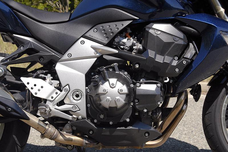 Test - Kawasaki Z1000: klidný svalovec: - fotka 23