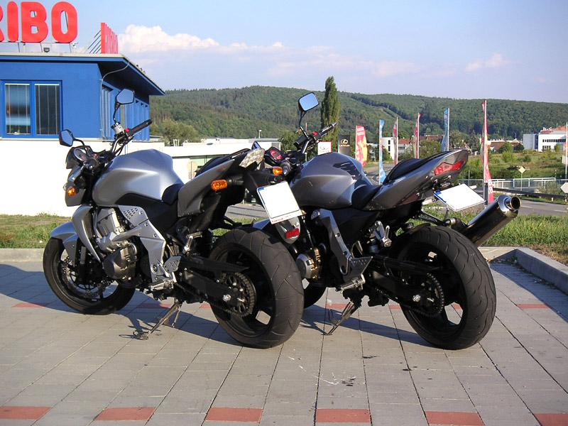 Test - Kawasaki Z750: je to rošťák: - fotka 27