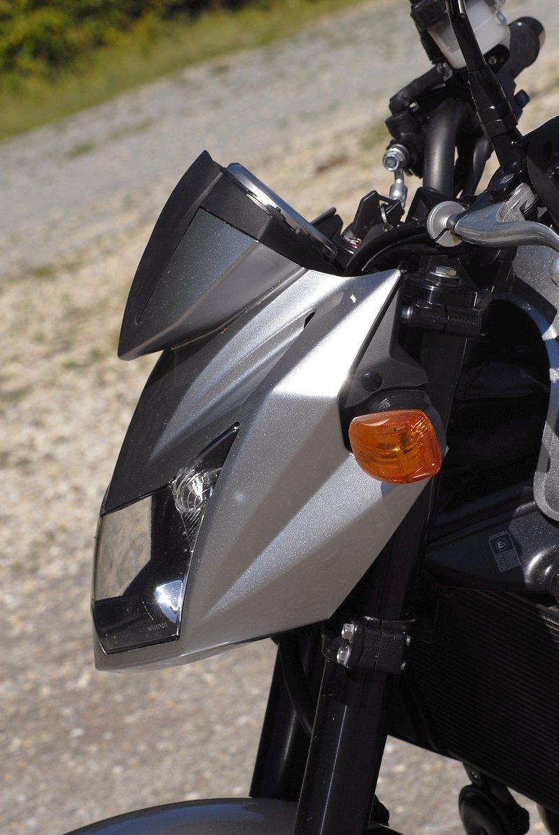 Test - Kawasaki Z750: je to rošťák: - fotka 33