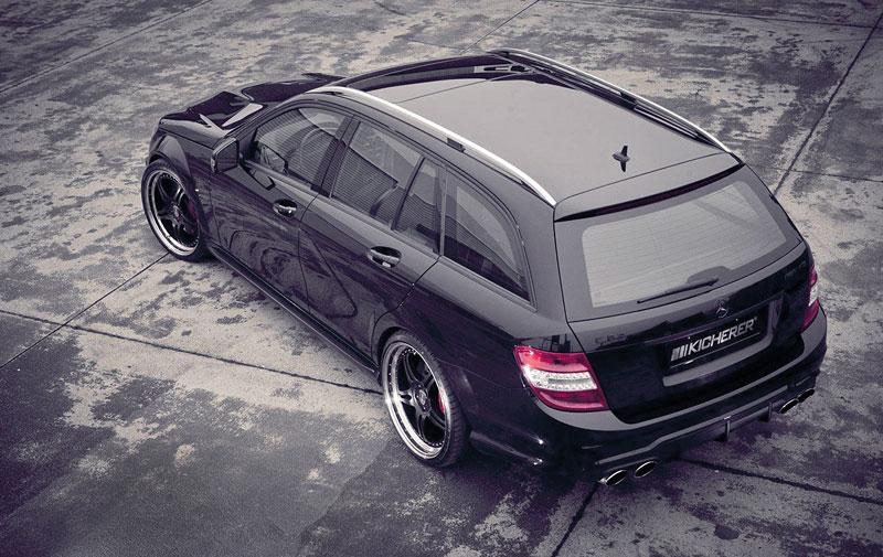 Kicherer poladil Mercedes-Benz C63 AMG kombi: - fotka 4